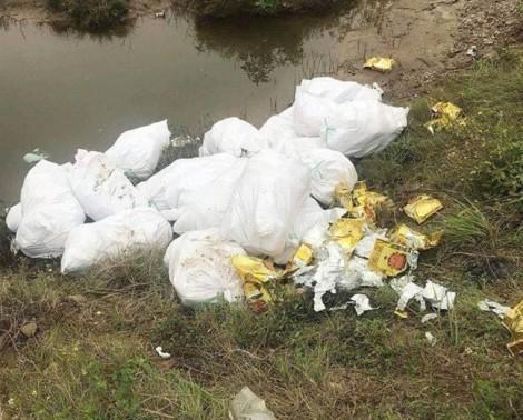 Đêm trắng 'vật lộn' với 23 bao tải ma túy đi phi tang của nhóm thanh niên Nghệ An