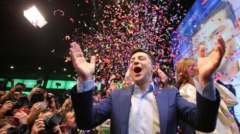 Diễn viên hài Zelensky đắc cử Tổng thống Ukraine