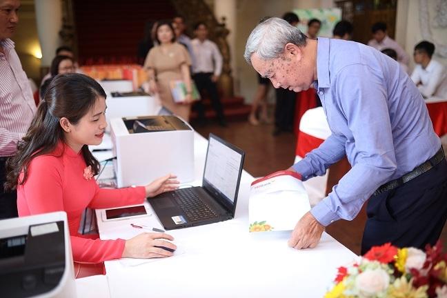 HDBank chia co tuc va co phieu thuong 30%, dat muc tieu loi nhuan truoc thue 5.077 ty dong nam 2019