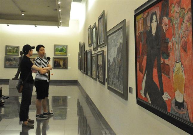 Tu viec tranh cua danh hoa Nguyen Gia Tri bi lam hong: Lo ngai cho cong tac bao quan o bao tang