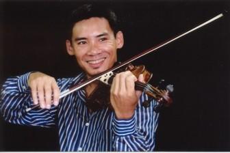 Anh em nghệ sĩ vĩ cầm gốc Việt nổi tiếng hội ngộ tại quê nhà