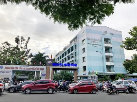 Sai phạm kéo dài tại Bệnh viện Trưng Vương - Bài 1: 'Lệch' tiền tỷ từ thực thu  của bệnh nhân và chứng từ