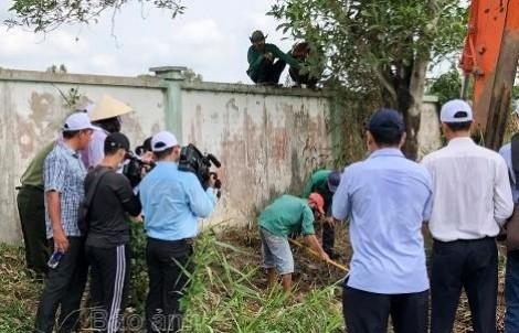 Vụ 300 xác thai nhi lẫn trong rác: Phòng Kỹ thuật hình sự Công an tỉnh Cà Mau vào cuộc