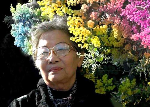 Hoa si tranh lua noi tieng mo trien lam o tuoi 83
