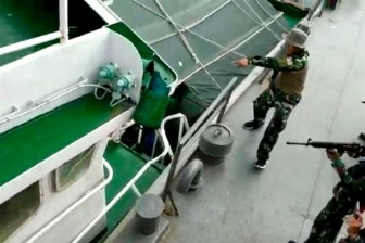 Bộ Ngoại giao Việt Nam yêu cầu Indonesia trao trả các ngư dân bị bắt và bồi thường tàu cá bị đánh chìm