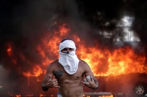 Top ảnh trong tuần: Nhiều cuộc biểu tình diễn ra trên khắp thế giới vào ngày lễ Lao động