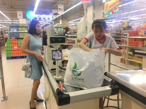 5 lý do để bạn nói 'có' với túi môi trường tại Lotte Mart