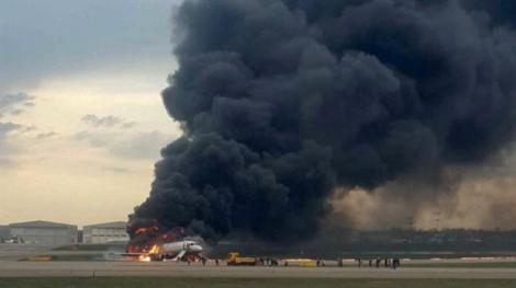 Nguyên nhân máy bay Nga gặp nạn là do 'sét đánh'?