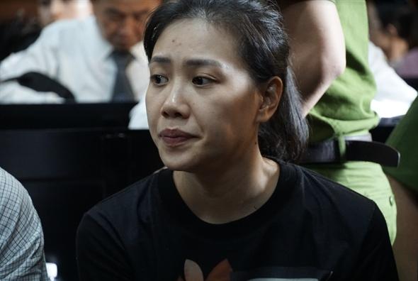 Van Kinh Duong bi de nghi tu hinh, hotgirl Ngoc Miu khoc ngat