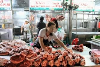 Người mua thôi sợ hãi, giá thịt heo lội ngược dòng