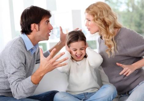Trả con nuôi về cho cha mẹ đẻ có được không?