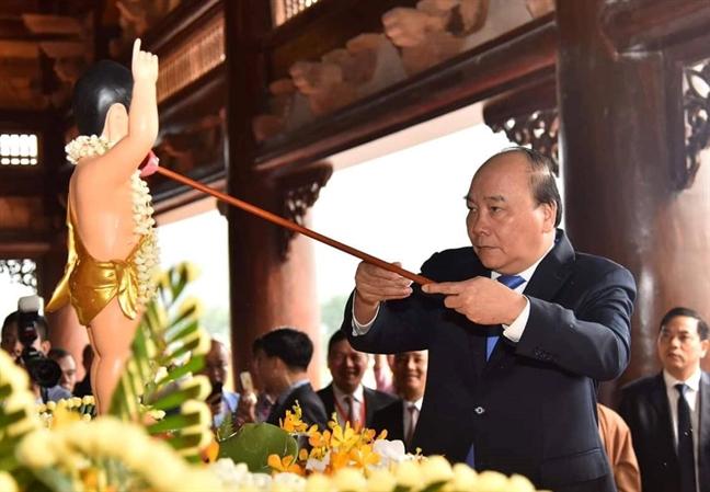 Thu tuong Nguyen Xuan Phuc du khai mac Dai le Phat dan - Vesak 2019