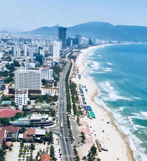 Đà Nẵng: Gần 20 khách sạn ven biển xây vượt tầng, xả thải ra môi trường