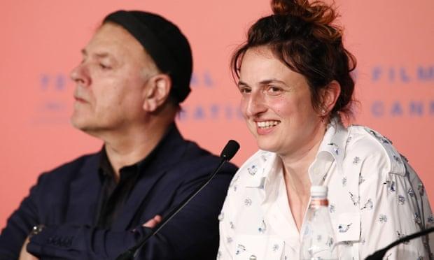 Neflix, Donald Trump, chenh lech gioi tinh: Ba van de mo man Cannes 2019