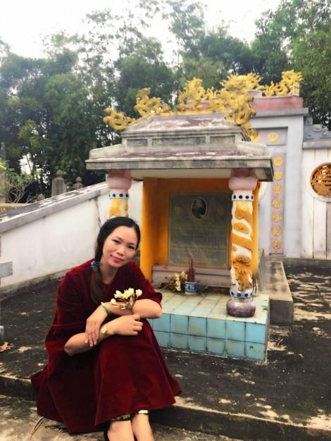 Châu Hương Viên vẫn vẳng điệu buồn...