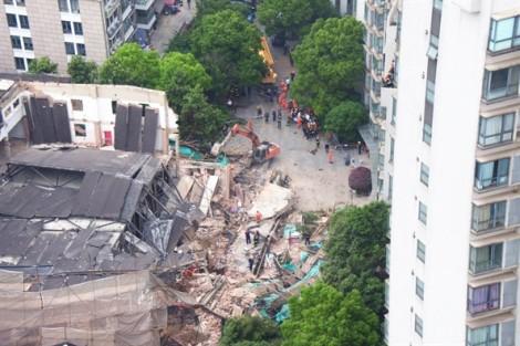 Sập tòa nhà ở Thượng Hải, 20 người thương vong