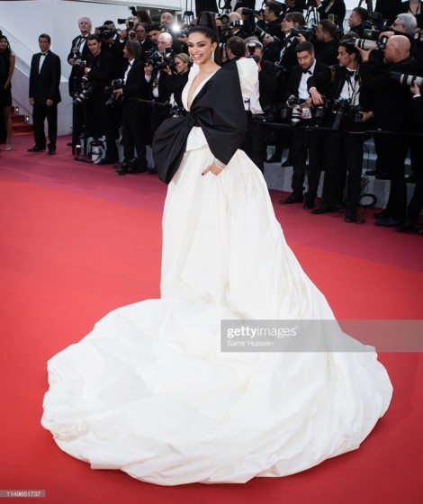 Những bộ cánh quá khổ, cầu kỳ tại Cannes 2019: Chiêu của dàn sao gốc Á