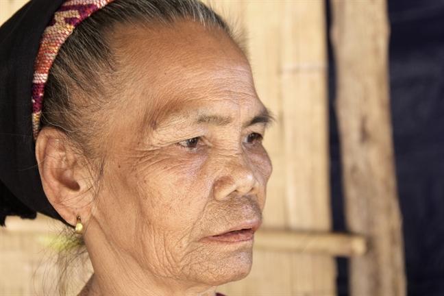 'Ban khong chong' vuc day sau con 'bao trang'
