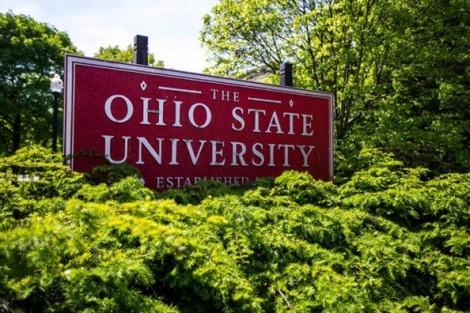 Gã bác sĩ thể thao lạm dụng tình dục 177 sinh viên