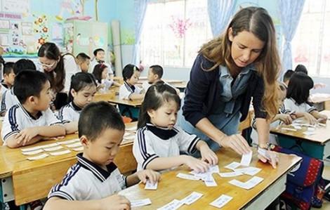 Thiếu giáo viên tiếng Anh tiểu học cho chương trình mới