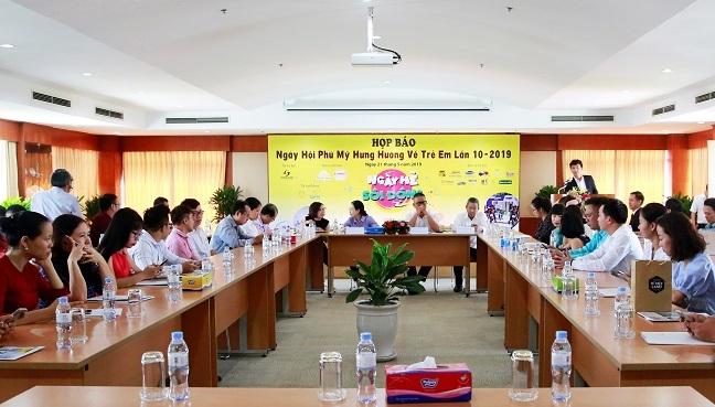 Ngay hoi Phu My Hung huong ve tre em lan 10-2019: Ngay he soi dong