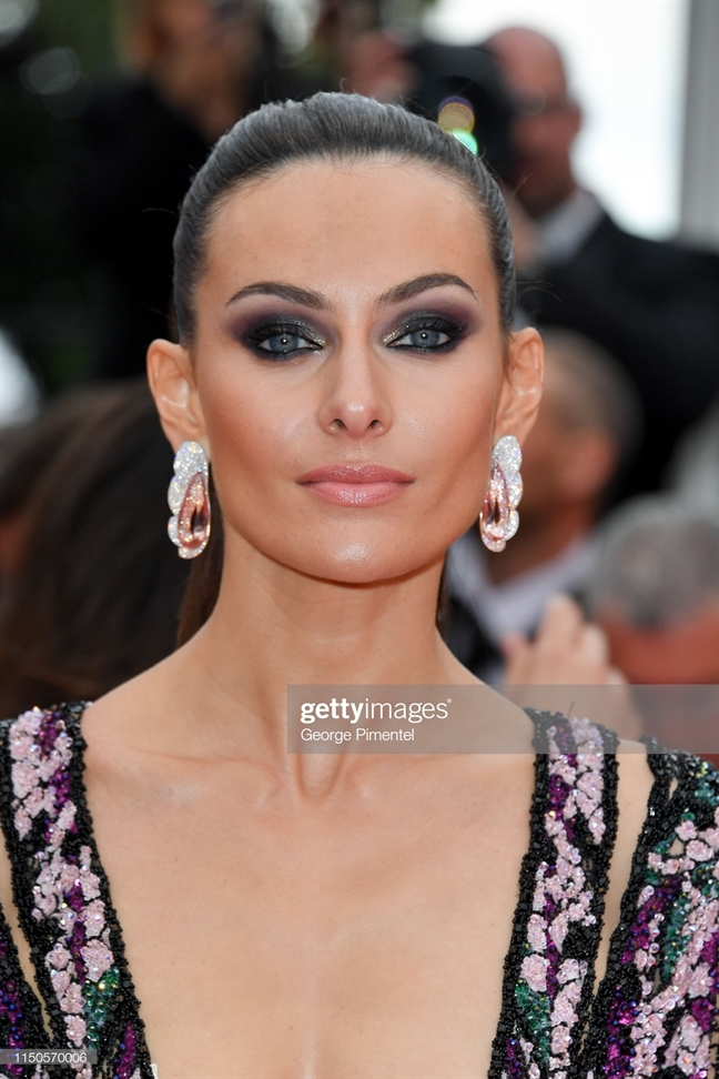 Cannes 2019: Suc hut den tu nhung kieu trang diem dep me man