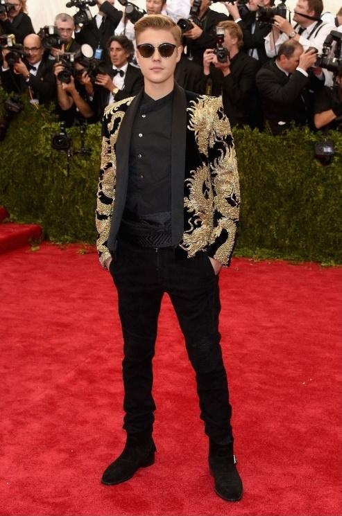 Justin Bieber va su tut doc phong do trong 10 nam