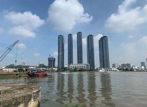 Cầu tàu Ba Son đổ sập toàn bộ xuống sông Sài Gòn