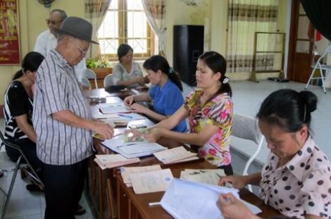 Người hưởng lương hưu, trợ cấp bảo hiểm xã hội lãnh thêm 7,19% mỗi tháng
