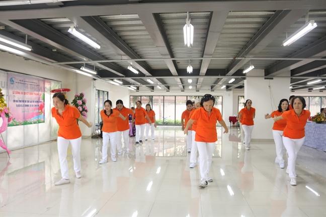 Ra mat Chi hoi Phu nu Block B - C chung cu Bo Cong an