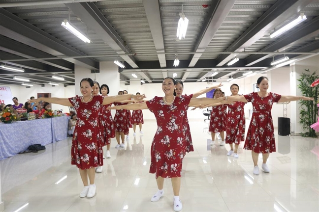 Phat trien Hoi Phu nu tai cac khu chung cu: cach nao?