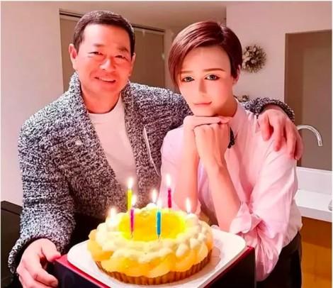 Nam người mẫu Nhật Bản giống hệt tượng sáp vì phẫu thuật
