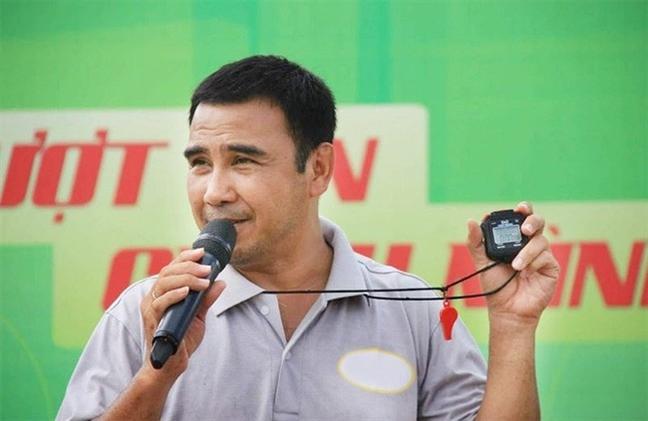 Tu chuyen Quyen Linh, Viet Trinh bi chui: Minh thich thi minh chui thoi?