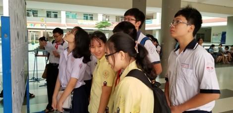 Sáng nay, thí sinh thi môn văn tuyển sinh vào lớp 10