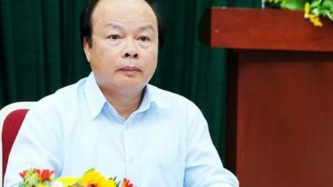 Cảnh cáo Thứ trưởng Bộ Tài chính Huỳnh Quang Hải và Chuẩn đô đốc Lê Văn Đạo