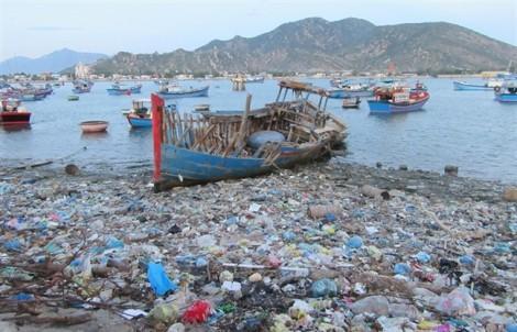 Sống chung với rác vẫn nhập thêm phế liệu