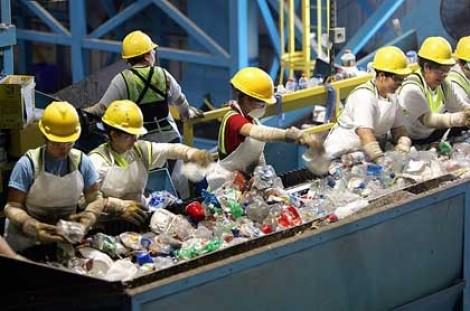 """Hội thảo """"Kết nối mạng lưới tái chế nhựa"""""""