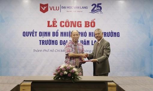 Bổ nhiệm 'giáo sư quần đùi' làm Phó hiệu trưởng Trường ĐH Văn Lang