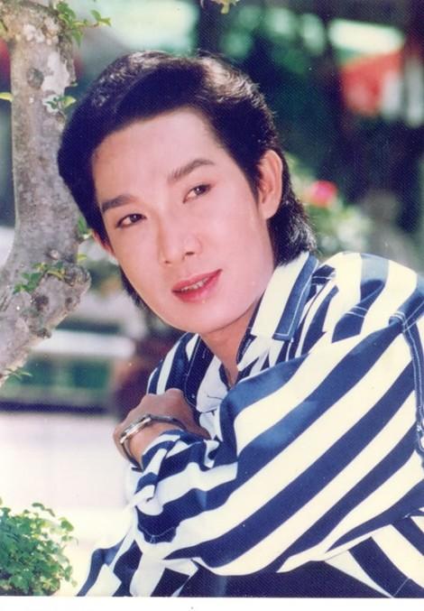 Diện mạo nghệ sĩ cải lương Vũ Linh khác biệt sau 2 năm ngừng biểu diễn