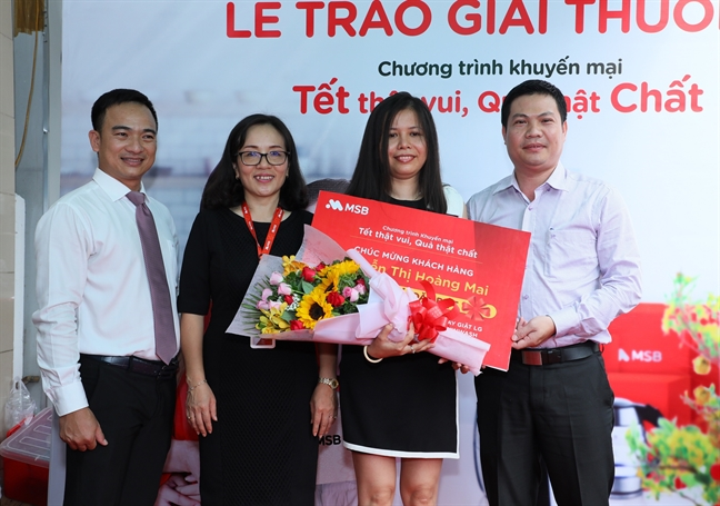 MSB trao thuong cho khach hang trung giai dac biet chuong trinh 'Tet that vui – Qua that chat'