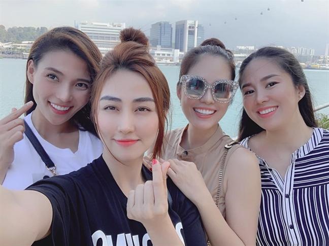Chuyen it ai biet ve tinh ban hon 10 nam cua Le Phuong - Ngan Khanh