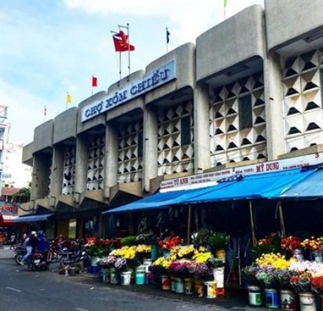 Chợ 200 Xóm Chiếu - khu chợ ăn vặt nức tiếng quận 4