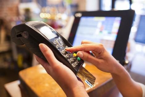 Ngày không tiền mặt, ngân hàng, doanh nghiệp mang tiền, vàng chiêu dụ khách