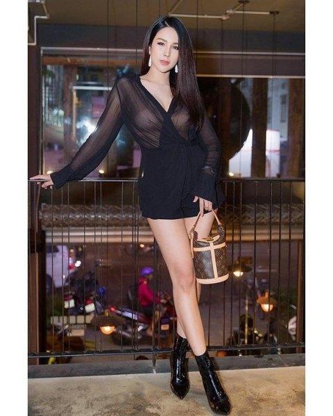 Diep Lam Anh, ba me tre sanh dieu cua showbiz Viet