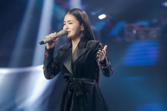 Ga tinh, ung xu xac xuoc 'lan at' giong hat tai 'Giong hat Viet 2019'