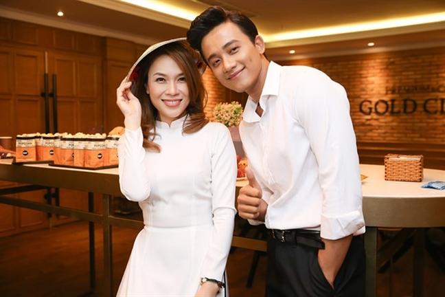 My Tam va 'nguoi tinh tin don'' Mai Tai Phen nhieu lan dien do ton-sur-ton