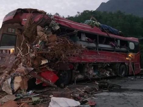 34 người thương vong trong tai nạn kinh hoàng trên quốc lộ