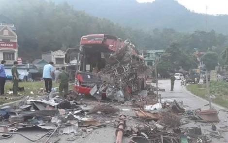 Xe khách gặp thảm nạn ở Hòa Bình là 'anh em' với xe đâm đoàn đưa tang ở Vĩnh Phúc