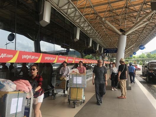 Bi Vietjet delay qua 4 tieng, khach hang co the yeu cau boi thuong