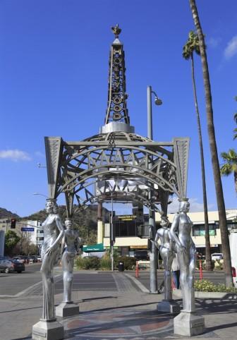 Vụ cưa trộm tượng Marilyn Monroe ở Hollywood: Cảnh sát lấy được dấu vân tay nghi phạm